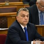 DK: Két pofont kapott Orbán