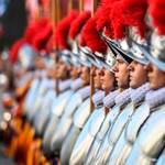 Nyomtatni fogják a svájci gárdisták sisakját