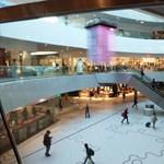 Elképesztő összegeket hagytak külföldön a magyar bevásárlóturisták