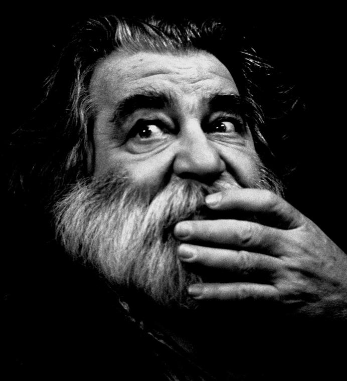 Vigyázók: Sára Sándor - Filmgyári capriccio nagyitas