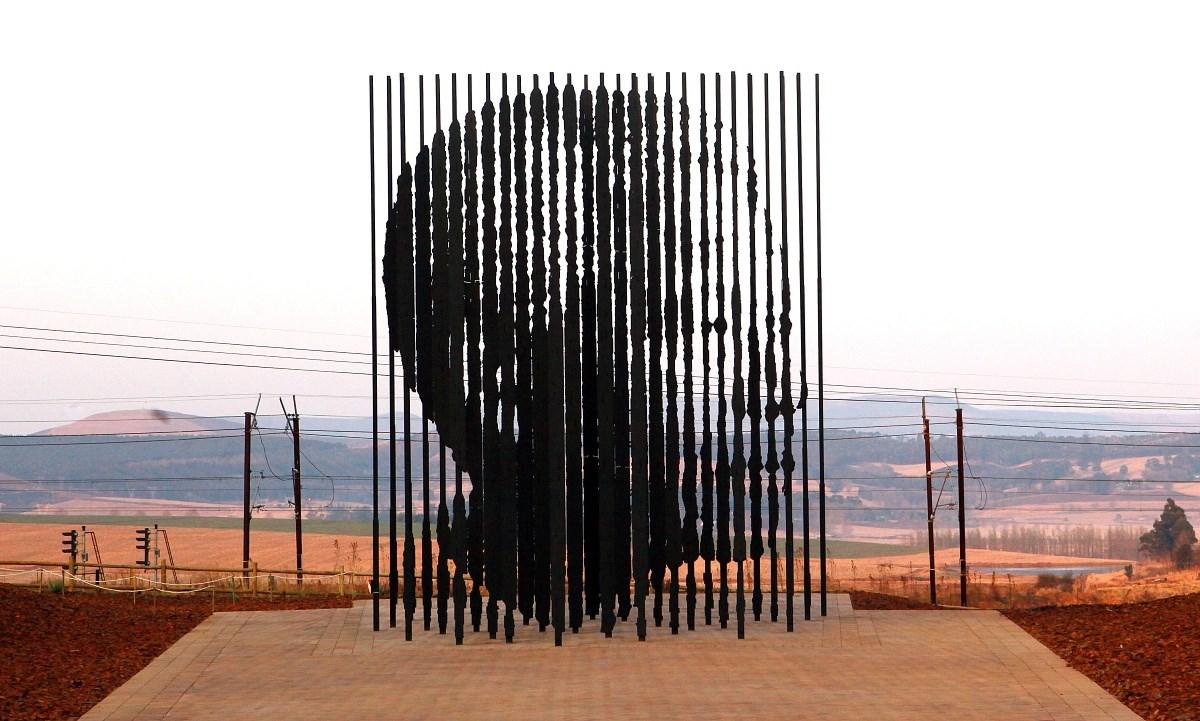 Elhunyt Nelson Mandela, a 46664-es fogoly - Nagyítás-fotógaléria