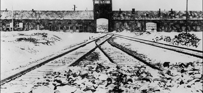A lengyelek átírják a náci bűnökről szóló törvényüket