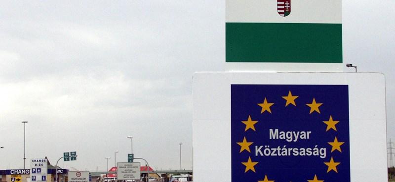 Szomorú adatok: rengeteg diplomás magyar dönt úgy, hogy külföldön folytatja