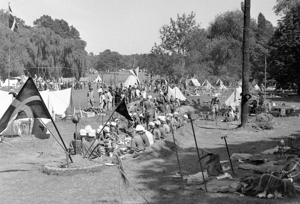 1933 körül - nemzetközi cserkész világtalálkozó Gödöllőn - cserkészet, cserkész, cserknagy