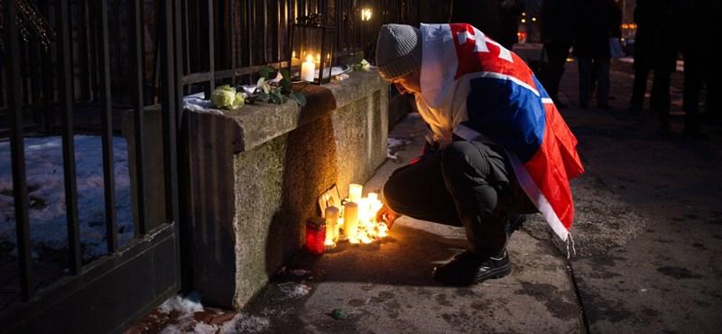 Újságírógyilkosság: Megemlékezés Pesten, politikai válság Pozsonyban