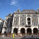 Válasz.hu: katariak csinálnak szállodát a volt Balettintézetből