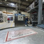 Nagy bajban a General Electric, tízmilliárd dollárt bukott egy negyedév alatt