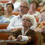 Ásatáson is dolgoznak a nyugdíjas-szövetkezetek tagjai