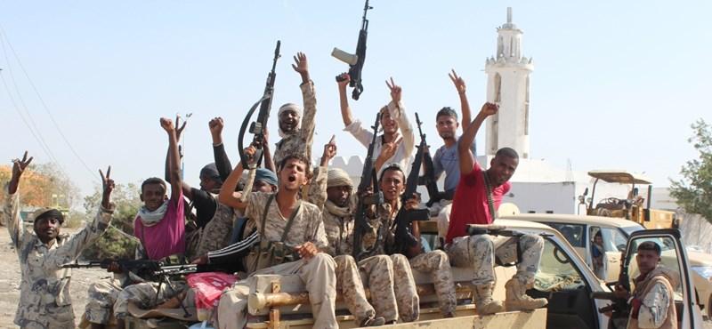 Amerikai csapatok végeztek a jemeni al-Kaida vezetőjével