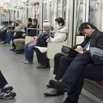 Így keresnek magányos nőkön százmilliókat