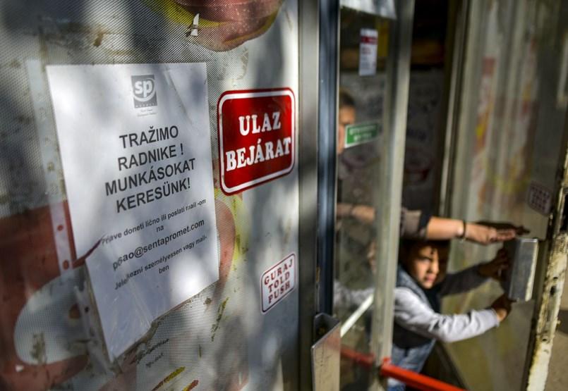 """""""A tatámék Sopronban, apám Bécsben"""" – Kánaánt keresik a szerbiai vendégmunkások"""