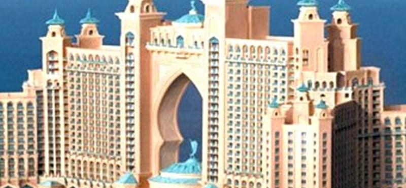Egy éves a világ legextrémebb szállodája Dubajban (megdöbbentő fotók)