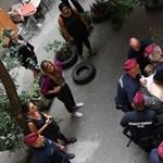 Rendkívüli ülést kezdeményez az ellenzék a kilakoltatások miatt