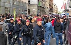Száznál többen vannak a Mi Hazánk tüntetésén