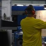 Kamupártok műhelytitkai: óránként 7000 forintért dolgozhattak a hajléktalanok
