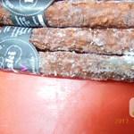 Videó: Lejárt, penészes húst talált a Nébih a Fény utcai piacon