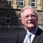 Fidesz-holdudvar: Semmi köze a kormánynak a kivándorláshoz - videó