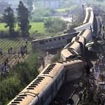 Vonatok csattantak Alexandriában, sok a halott