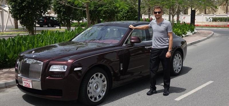 Forma-1-es világbajnok a Rolls-Royce új nagykövete