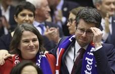 Szomorkás dallal búcsúztatta a távozó briteket az Európai Parlament – videó