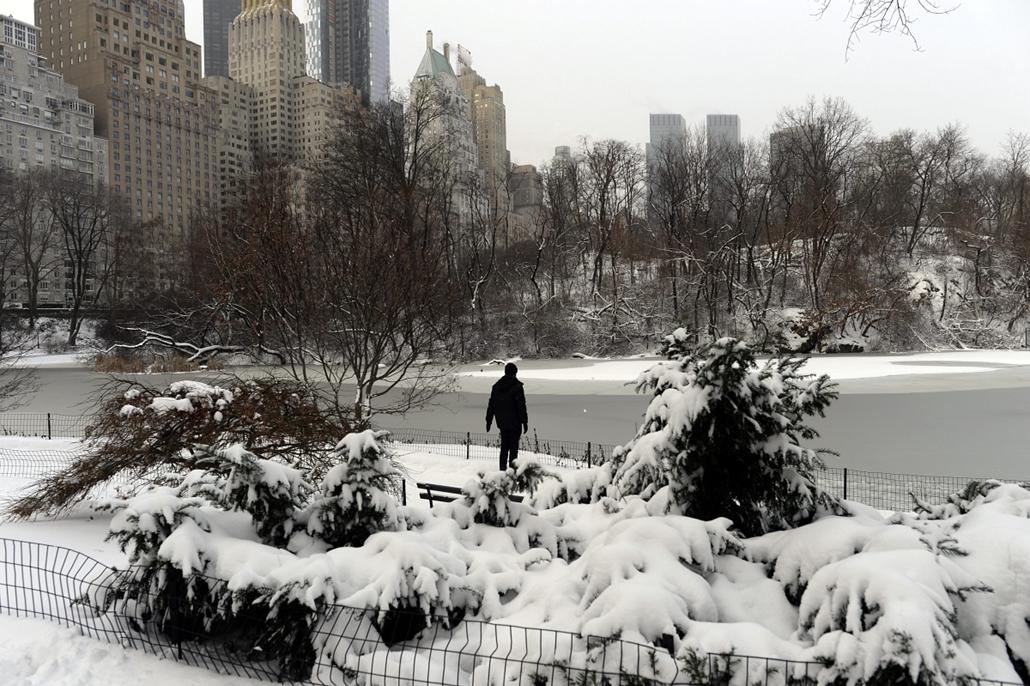 afp.14.01.03.- New York, USA: havazás, hóesés, tél