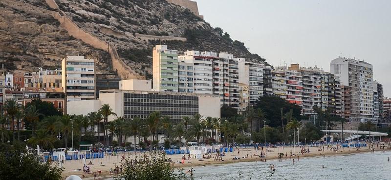 Kiakadt egy brit nő, mert spanyolországi nyaralása során spanyolokkal találkozott