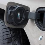 A BMW idén nyáron leszámol a kábelekkel