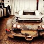Eszi a rozsda a 2009-ben tóban landolt Bugatti Veyront