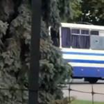 Elfogták a férfit, aki korábban túszul ejtette egy busz utasait Ukrajnában