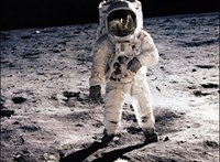 90 éve született Neil Armstrong, az első ember aki a Holdra lépett