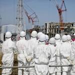 Még mindig sugárszennyezett víz szivárog a tengerbe a fukusimai erőműből