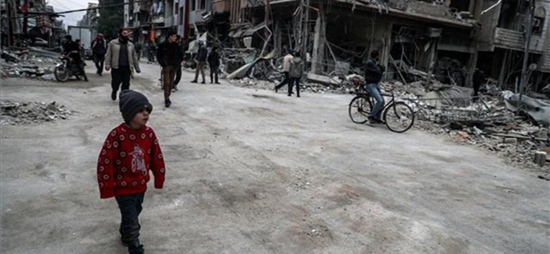 Elképesztő körülmények között tanulnak a szíriai gyerekek a háború árnyékában – videó