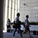 Jeszenszky-ügy: a Corvinuson nem használják a tankönyvet