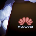 Itt a fordulat: feloldják a Huawei elleni szankciókat – de nagy kérdés, hogy mi történik ezután