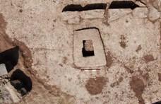 Igazi különlegességet találtak véletlenül Izraelben: 1500 éves ez a 4x4 méteres prés