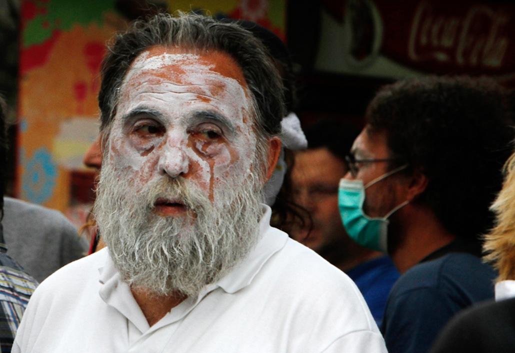 Utcai harcok és tüntetések Görögországban a reformok ellen