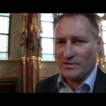 Videó: A szabolcsi Papcsák mintha neheztelne, amiért Zugló egy budait választott