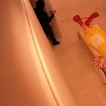 Videó: lefejezték Ronald McDonaldot