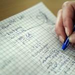 Kihúzták az igazságügyi szakértők listájáról a grafológusokat