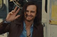 Tarantino új filmjének itt a szinkronos előzetese is
