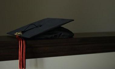A felsőoktatási szakképzéssel szerzett oklevél kiválthatja az emelt szintű érettségit a felvételin?