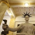 Bírák félelme: A kormány domesztikálna bennünket
