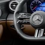 A Mercedes kicsit megint feltalálta a kormánykereket