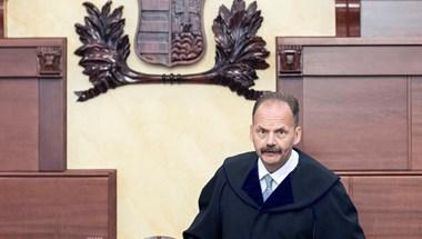 Megvan, ki lehet az új alkotmánybíró