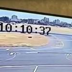 Drámai felvétel örökíti meg, ahogy két repülő egymásba rohan a kartúmi reptéren