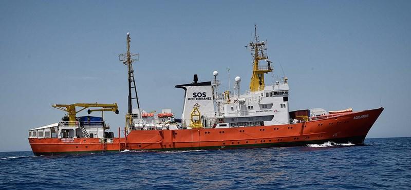Franciaország is befogad embereket az Olaszországból elutasított menekülthajóról