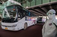 Megérkezett Kínába a koronavírus eredetét kutató tudóscsoport