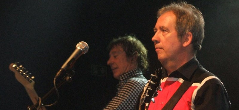 Meghalt Pete Shelley, a Buzzcocks punk-rock banda frontembere