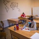 Mutatjuk, milyen feladatokat kaptak a diákok a mai föciérettségin