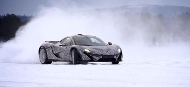 Mit tud egy 900 lóerős hibrid McLaren a hóban? - videó